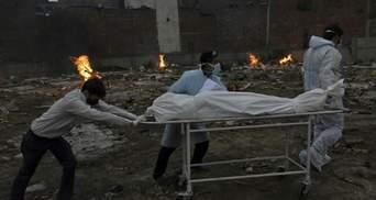 В Індії рекордна смертність від COVID-19: лише за добу померло понад 4 тисячі хворих