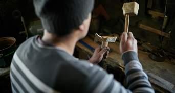 Карпатський майстер плекає давнє родинне ремесло: колоритні фото, відео