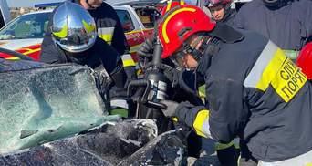 Смертельна аварія на трасі Київ – Чоп: серед загиблих є дитина – фото
