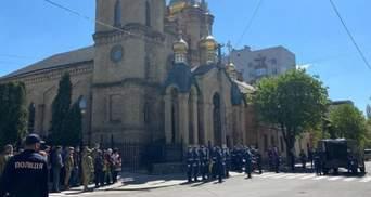 На Полтавщине попрощались с военным, который умер после ранения на Донбассе