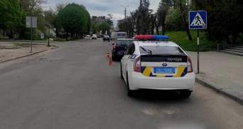 На Львовщине водитель сбил 7-летнюю девочку на пешеходном переходе: фото