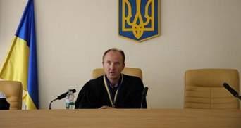 Суддя Карабань, який не покарав Настю Константінову за п'яне водіння, подав у відставку