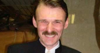 """Назвав українську мову """"псячою"""" – позбувся роботи: на Одещині звільнили скандального викладача"""