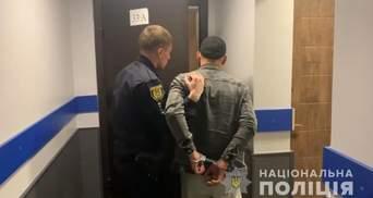 Викрали та вимагали 2,5 тисячі доларів неіснуючого боргу: на Одещині затримали злочинну группу