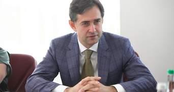 Нелюстрированный чиновник: биография Алексея Любченко