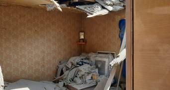 Бойовики обстріляли Піски з гранатометів: літній чоловік залишився без даху над головою – відео