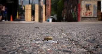 На місці загибелі Джорджа Флойда під час акції його пам'яті сталася стрілянина