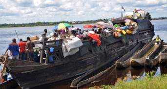 Число погибших в результате крушения судна в Нигерии возросло