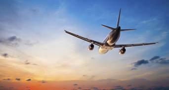 Україна закриває небо для білоруських літаків