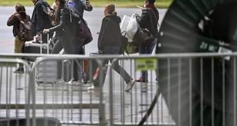 Росія почала вивозити своїх дипломатів з Чехії: Прагу покинули понад 50 осіб