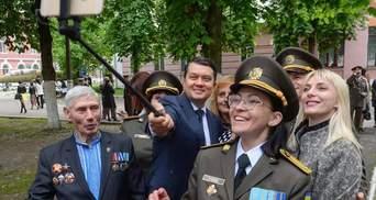 Особливий випуск: військовий ліцей Богуна вперше закінчили дівчата – фото