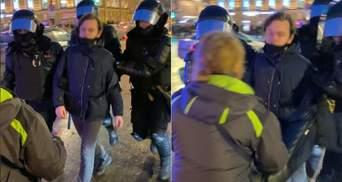 У Росії відмовилися відкривати справу проти силовика: він у січні жорстоко вдарив жінку в живіт