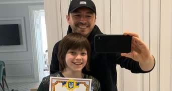 Сергій Притула привітав сина з закінченням навчального року та показав його досягнення: фото