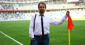 У Білорусі затримали спортивного журналіста за шарф збірної з футболу