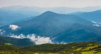 Найпопулярніші вершини Українських Карпат: які гори варто підкорити цього літа