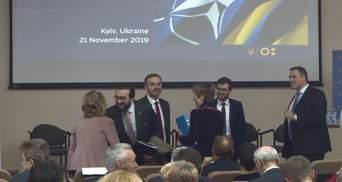 Противодействие новейшим угрозам: как НАТО помогает Украине укрепить национальную устойчивость