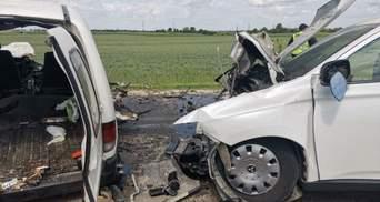 Капот сплюснуло, как консервную банку: на трассе Киев – Чоп произошла смертельная авария