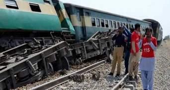 У Пакистані зіштовхнулися 2 поїзди: понад 30 людей загинули, щонайменше 60 – постраждали