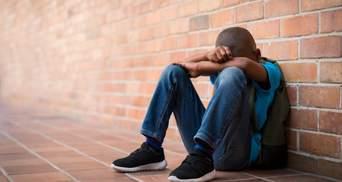 В США 8-летний мальчик покончил с собой из-за буллинга в школе: видео нападения на него