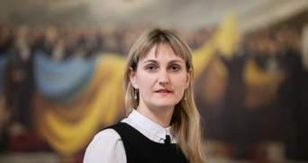 Почему некоторые учителя в Украине получают неполную зарплату: как это изменить