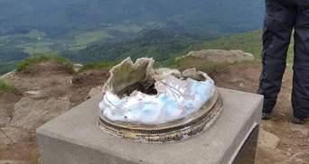 Упала в пропасть: статуя Иисуса на горе Пикуй обвалилась – фото