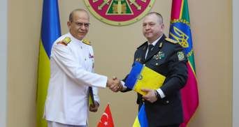 Україна й Туреччина домовилися відновити дружні візити кораблів