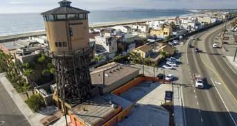 В США продают необычный дом в водонапорной башне: сколько он стоит и как выглядит