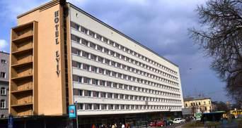 В центре Львова посреди ночи в гостинице искали взрывчатку