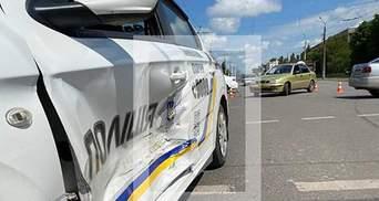 У Кривому Розі легковик влетів у авто Поліції охорони: їхали на червоне – фото