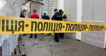 У Маріуполі на ринку чоловіка вбили пінцетом