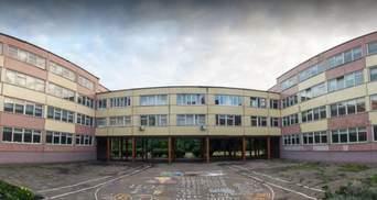 У Дніпрі в школі знайшли тіло чоловіка: стало відомо, хто він