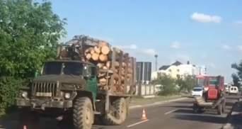 """Колесо від вантажівки """"відірвало"""" руку: на Рівненщині трагічно загинув пішохід"""