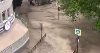 Унесло течением: в оккупированном Крыму есть первая жертва аномальных ливней – фото