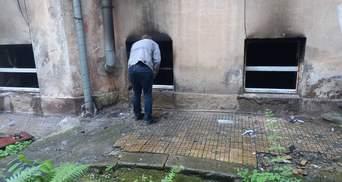 Во Львове произошел сокрушительный пожар в заведении Kraft Burger: фото