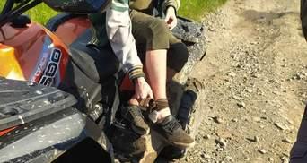 В Карпатах 17-летнего львовянина укусила змея: парня госпитализировали – фото
