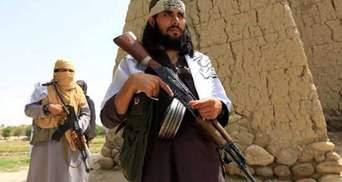 Правительственные войска без поддержки США сдают города: талибы захватили порт в Афганистане
