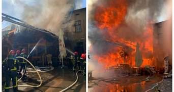 В центре Тернополя вспыхнул ресторан: город окутало черным дымом