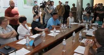 Тітушки намагалися зірвати конкурс перевізників на маршрутах Києва: фото