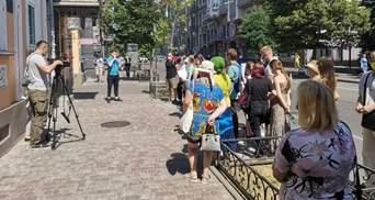 Заробітчани під загрозою: чому українці протестували під стінами посольства Польщі