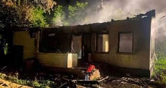 Осиротели 2 детей: в Черниговской области в огне погибли молодые супруги
