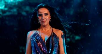 В отличие от Кароль: Джамала в ливень дала концерт в Одессе – фото, видео