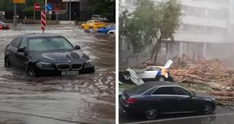 Москву накрила темрява: руйнівний ураган позносив дахи й повиривав дерева – моторошні відео