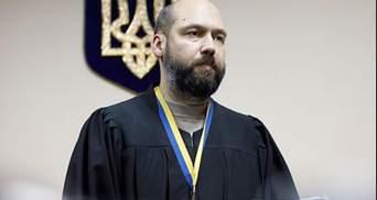 """""""Вовча команда"""": у Печерському суді виносять незаконні рішення на користь глави ОАСКу"""