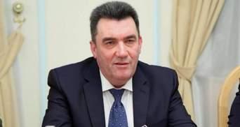 Жодна людина не проголосувала проти, – Данілов про санкції проти Фукса і Фірташа