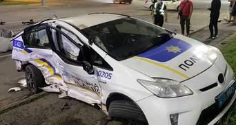 У Кривому Розі патрульні влетіли у 2 авто: постраждали кілька людей – фото