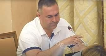"""""""Як це"""": депутати Одеської міськради перейшли на українську, але у них виникли проблеми – відео"""