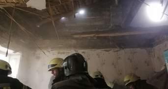 Обвалилася стеля квартири в Одесі: загинула бабуся – фото, відео
