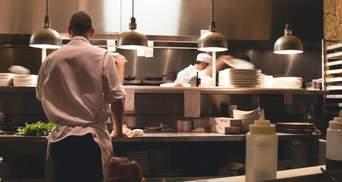 Готельно-ресторанна сфера у Польщі потребує працівників: кого шукають