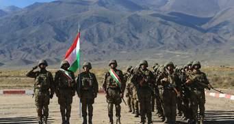 Таджикистан отправляет войска к границе с Афганистаном и просит помощи в ОДКБ