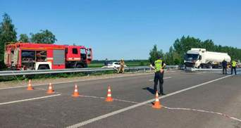 На Полтавщині через ДТП перекрили трасу на Київ: утворився великий затор – фото